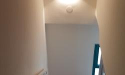 עבודות צבע - צביעת חדר מדרגות